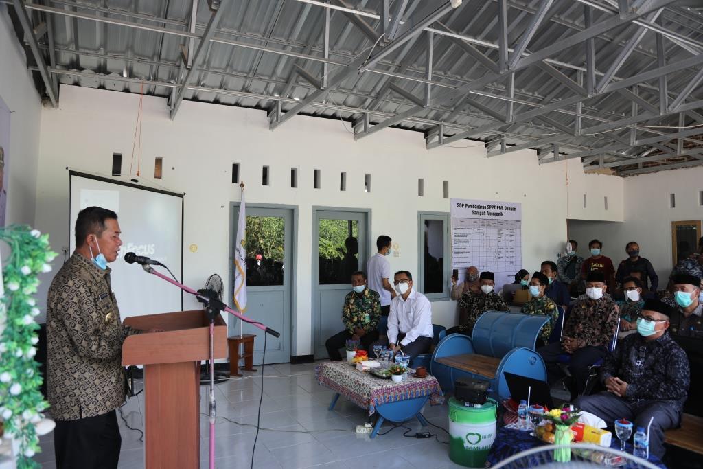 Walikota Serang Menargetkan Ada Bank Sampah Di Seluruh RT se-Kota Serang